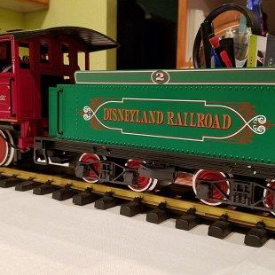 Disneyland Railroad CK Holiday LGB 22184 New Program Addition
